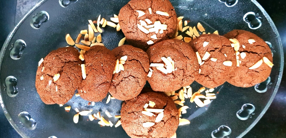Chocolate cookies made from Amaranth Flour and Nutella!